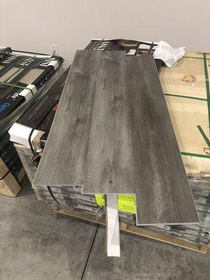 LVP 2000sq ft $2.25 Luxury Vinyl Plank Waterproof Flooring for Sale in Kennewick, WA