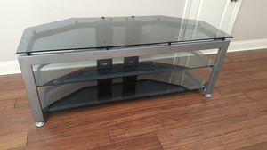TV stand L58 D 28 for Sale in Charlotte, NC