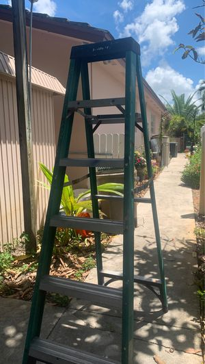 6ft ladder for Sale in Hollywood, FL