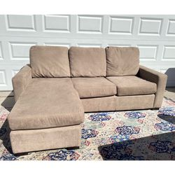 Beautiful Beige Reversible Chaise Sofa for Sale in Las Vegas,  NV