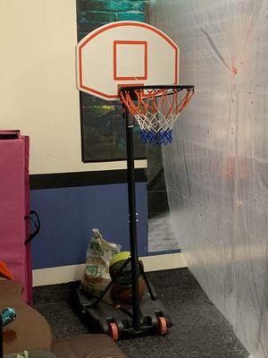 Adjustable b-ball hoop for Sale in San Ramon, CA