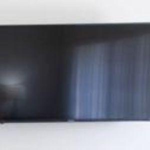 Hi sense Smart Roku Flatscreen Tv 50 Inch With Wall Mount for Sale in San Juan Capistrano, CA