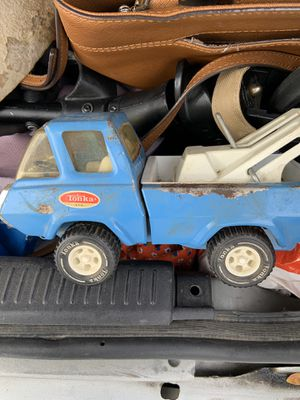 VINTAGE METAL TONKA TOW TRUCK for Sale in Fresno, CA