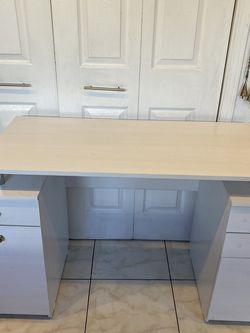 White Desk for Sale in Huntington Beach,  CA