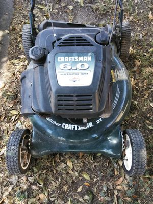 Lawn mower 6.0 for Sale in Los Angeles, CA