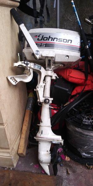 2.5 johnson outboard boat motor for Sale in Davie, FL