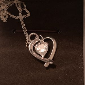 Silver heart necklace for Sale in Mechanicsville, VA
