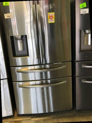 Samsung French Door Refrigerator (Reduced Price) W9R for Sale in Anaheim, CA