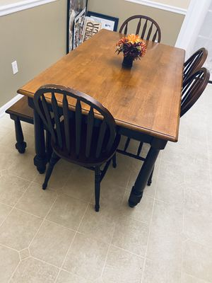 Dining Room Table for Sale in Yorktown, VA