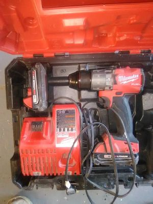 Milwaukee M18 fuel 1/2 inch hammer drill driver kit for Sale in Milwaukie, OR