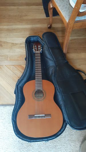 Cordoba acoustic guitar + carrying case for Sale in San Jose, CA