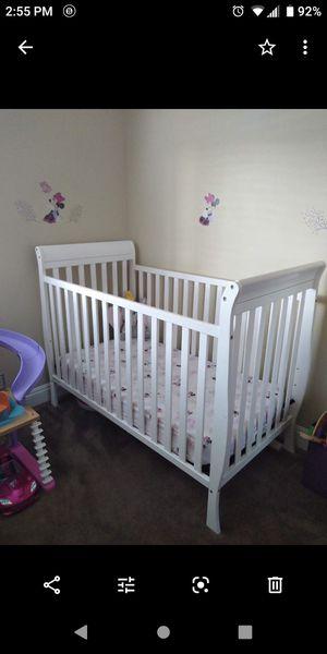 White crib for Sale in El Cajon, CA