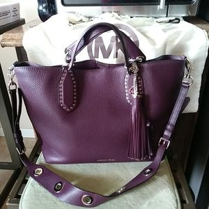 NEW .... MICHAEL KORS BAG ( DEEP PURPLE ) COMES IN STORE BAG for Sale in Mesquite, TX