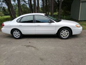 Ford Taurus xe 134000 miles 25mpg, 3.0 engine.power windows .cruise,am/fm ac, recently tuned up new fuel pump and filter. Good tires for Sale in Spotsylvania, VA