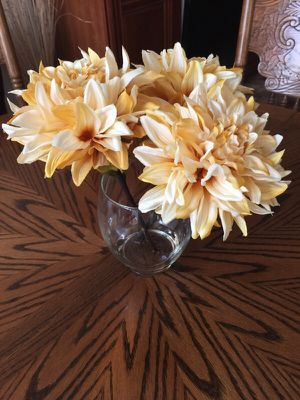 Handmade Silk Floral Arrangement for Sale in Ashburn, VA