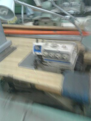 Juki model MO 25165 thread excellent condition 110 motor for Sale in Orlando, FL