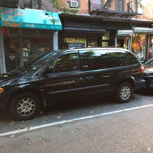 04 Dodge Grand Caravan for Sale in New York, NY