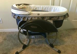 Graco DreamGlider, baby sleeper and musical swing for Sale in West Palm Beach, FL