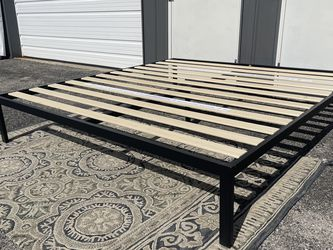"""New Platform Bed Frame 14""""h Queen Size $85, KING Size $95 for Sale in Columbus,  OH"""