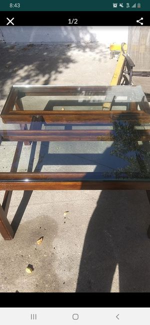 Glass coffee table for Sale in Lathrop, CA