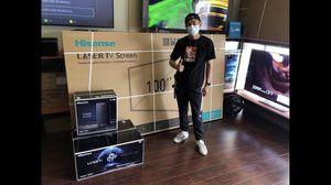 100 inch android 4K laser TV 100L8D HiSense Harmon kardon sub for Sale in Huntington Park, CA