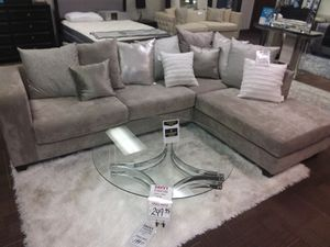 HOLLYWOOD SILVER GLAM SECTIONAL SOFA for Sale in Grand Prairie, TX