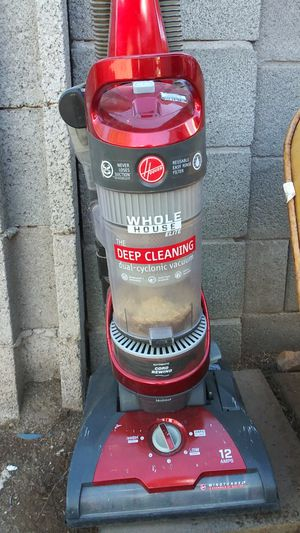 Hoover Vacuum Cleaner upright for Sale in Phoenix, AZ