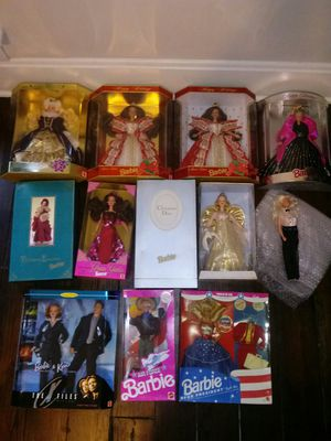 12 vintage collectible barbies for Sale in Utica, OH