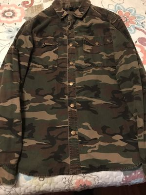 FOREVER 21 Camo shirt/jacket for Sale in Ontario, CA