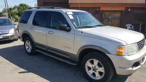 2002 Ford Explorer cold air runs great for Sale in Columbus, OH