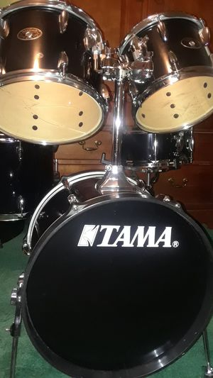Tama Imperial Star 5 piece piano black drum set for Sale in Upper Marlboro, MD