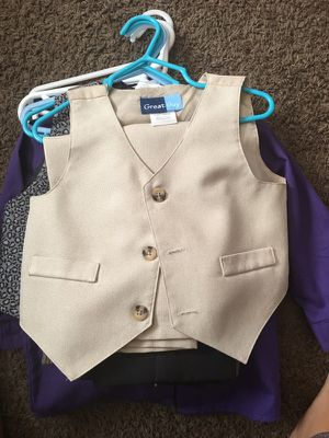 Kids Clothing Sz 24months in very good conditon basically NEW only used once for Sale in Denver, CO