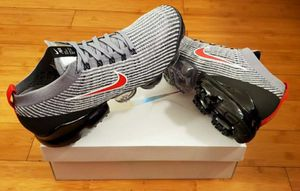 Nike Air Vapormax size 13 for Men. for Sale in Paramount, CA