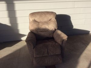 Lazy boy electric recliner for Sale in Huntington Beach, CA
