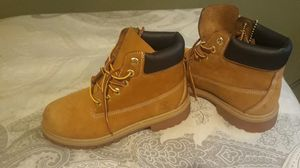 Timberland para niño size2 for Sale in Dallas, TX