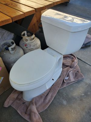 Toilet for free for Sale in Anaheim, CA