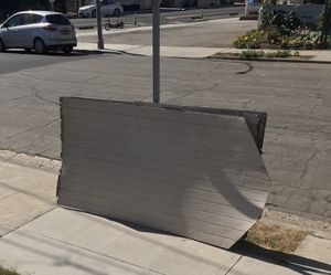 FREE Wood plyboards for Sale in Long Beach, CA