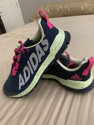 ADIDAS SIZE 8 for Sale in Homestead, FL