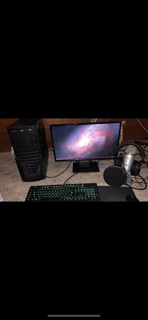IBuyPower gaming computer /w keyboard , mouse, and monitor for Sale in Kingsport, TN