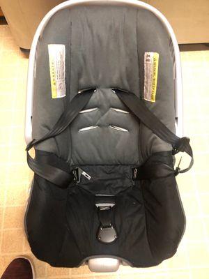 Car seat for Sale in Stone Mountain, GA
