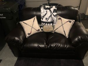 Dark brown leather couch for Sale in NJ, US