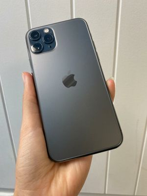Apple iPhone 11 Pro Unlocked for Sale in Tacoma, WA