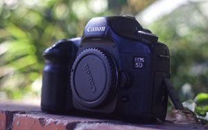 Canon 5D Classic Mark I Full Frame DSLR for Sale in Long Beach, CA