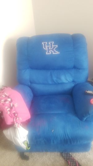 Recliner for Sale in Lexington, KY