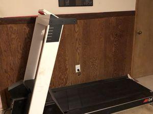 Precor 9.4 Commercial Treadmill for Sale in Alexandria, VA