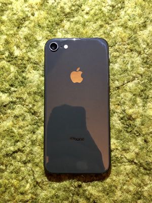 iPhone 8 | 256GB | Space Gray | A1905 | AT&T/Cricket Wireless for Sale in Anaheim, CA