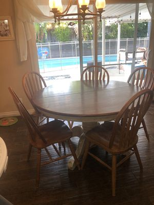 Kitchen table and chairs for Sale in Alta Loma, CA