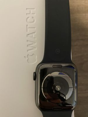 Apple Watch Series 5 44mm for Sale in Oronogo, MO