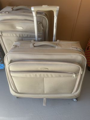 2 pc luggage for Sale in Beaumont, TX