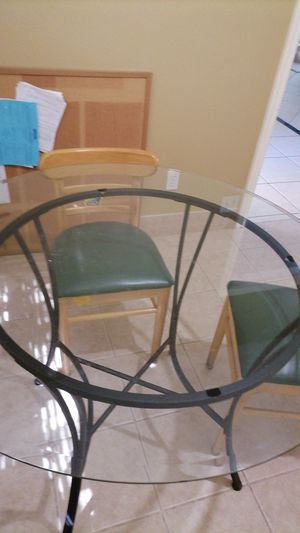 table and 4chair set $140 for Sale in Katy, TX